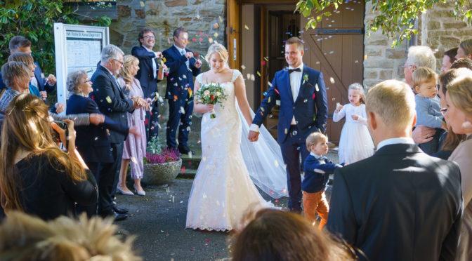 Kiki und Sebastian feiern Hochzeit